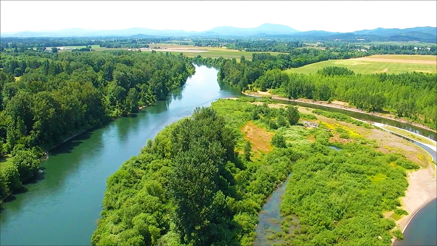 GLT_Photo 2_Willamette River Drone of Horseshoe Lake by Intel Corporation