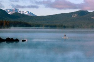 Morning Paddle, Waldo-Lake. Photo credit: Patricia Kolberg